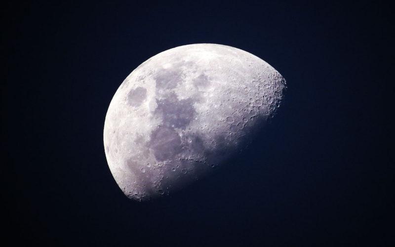 Diferencias entre la Luna y la Tierra
