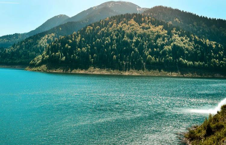 Diferencias entre rio y lago