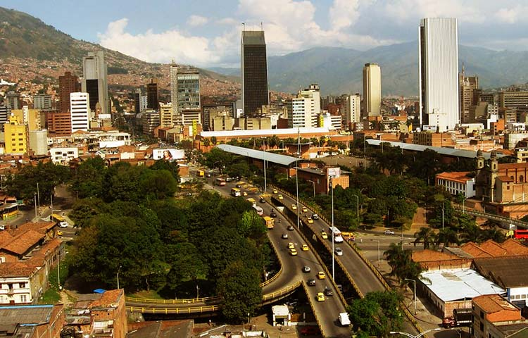 Cuál es el lema del departamento de Antioquia